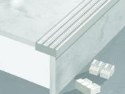 Nẹp chống trơn cầu thang TF12.5